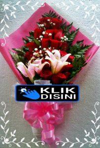 bunga hand bouquet mawar jakarta timur