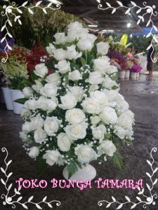 rangkaian bunga meja bekasi